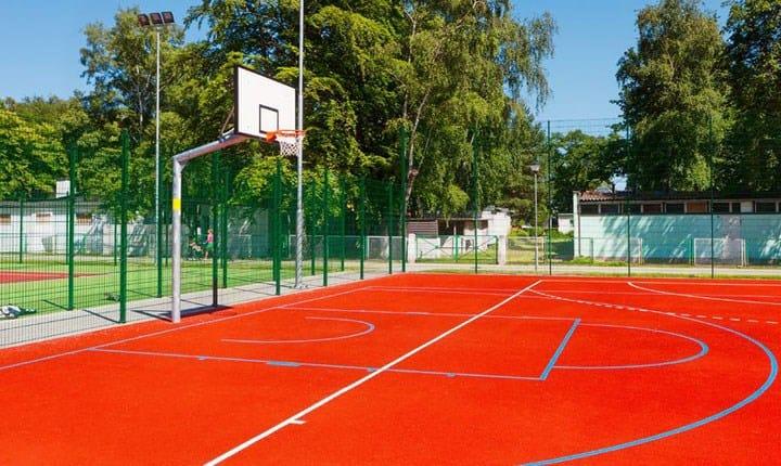 Impianti sportivi nelle scuole, dal Miur 50 milioni di euro per realizzarli