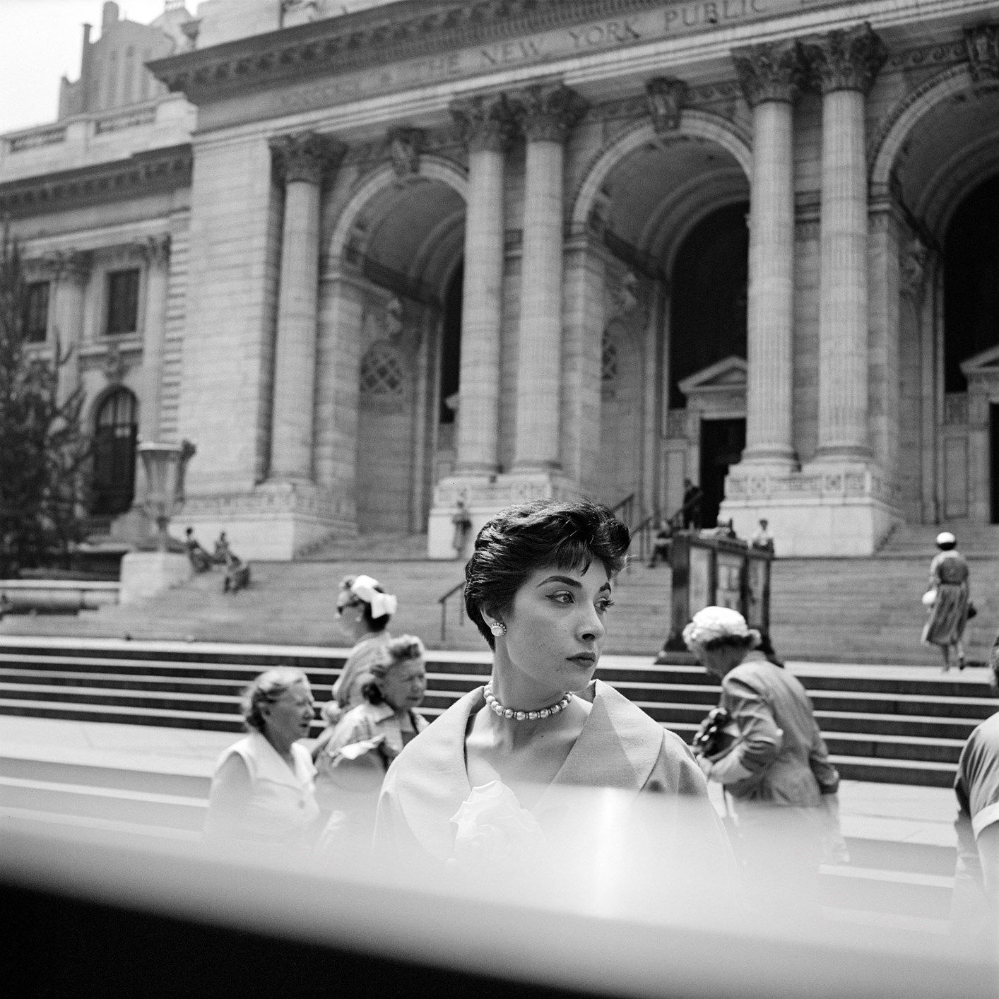 Vivian Maier, New York Public Library, New York, c. 1952 ©Estate of Vivian Maier, Courtesy of Maloof Collection and Howard Greenberg Gallery, NY