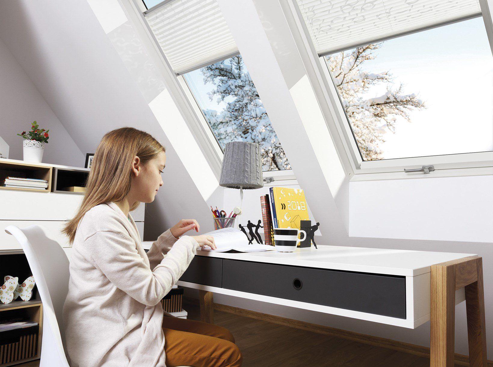 In anticipo sull'entrata in vigore delle normative, FAKRO propone la nuova linea di finestre con vetro termoisolante T4