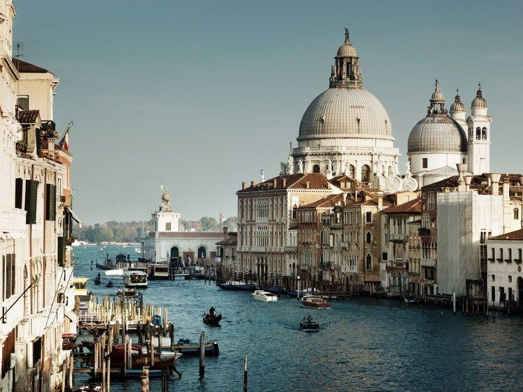 Canal Grande e Basilica di Santa Maria della Salute, Venezia. Ph © Iakov Kalinin