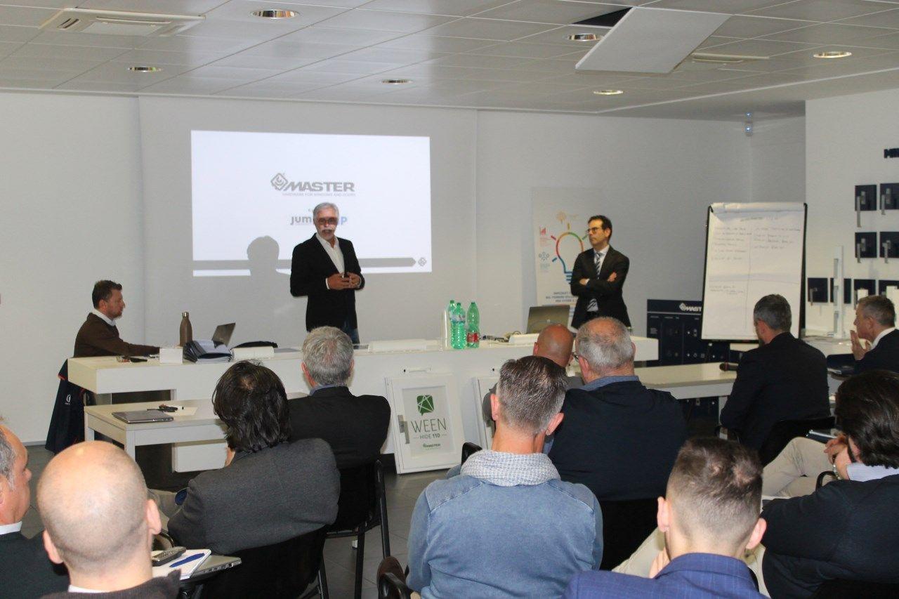 Obiettivi di crescita e visione positiva dei trend nel meeting della rete commerciale Italia di Master Italy