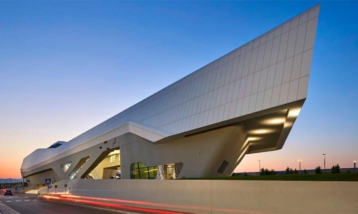 Stazione Alta Velocità Napoli-Afragola, Zaha Hadid Architects - Foto: © Hufton+Crow