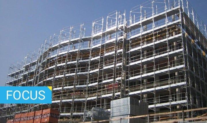 Ponteggi per l'edilizia