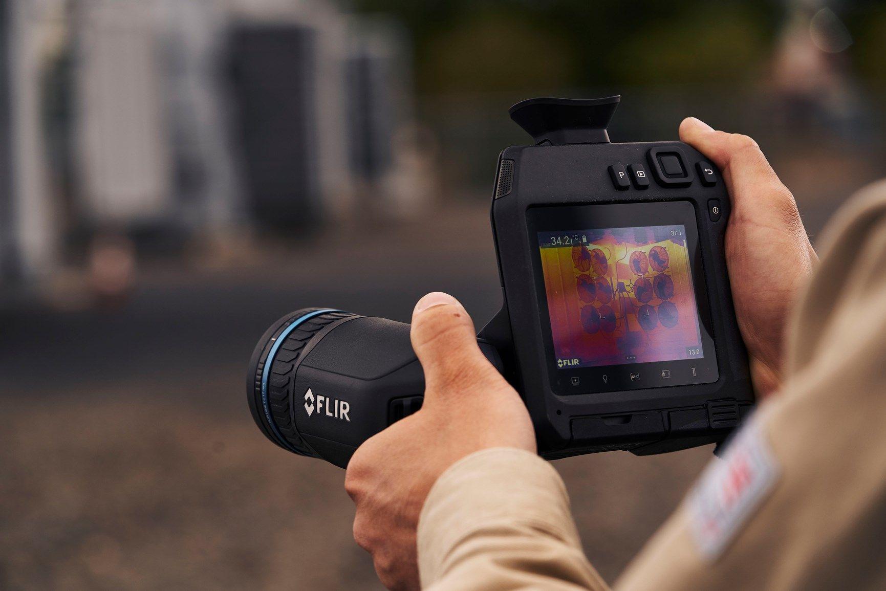 Nuova termocamera ad alte prestazioni FLIR T860