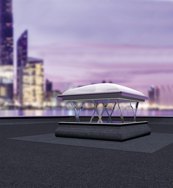 La gamma per tetti piatti FAKRO si amplia