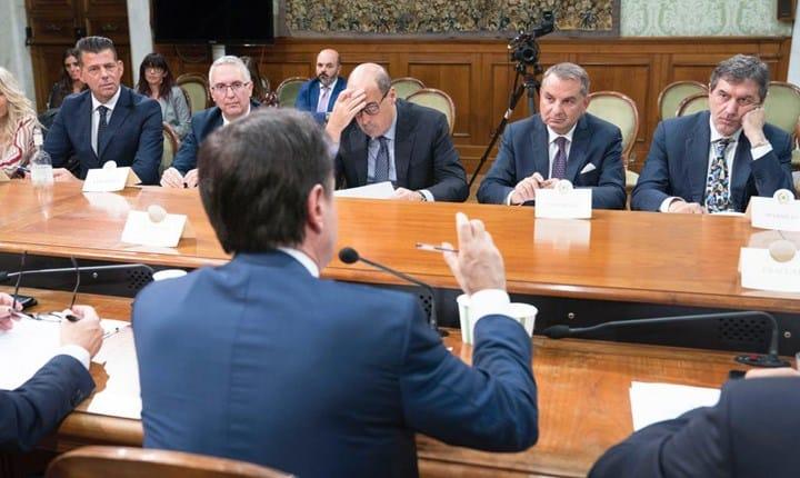 Incontro dei territori con il presidente del Consiglio Giuseppe Conte. Fonte foto: Regione Marche