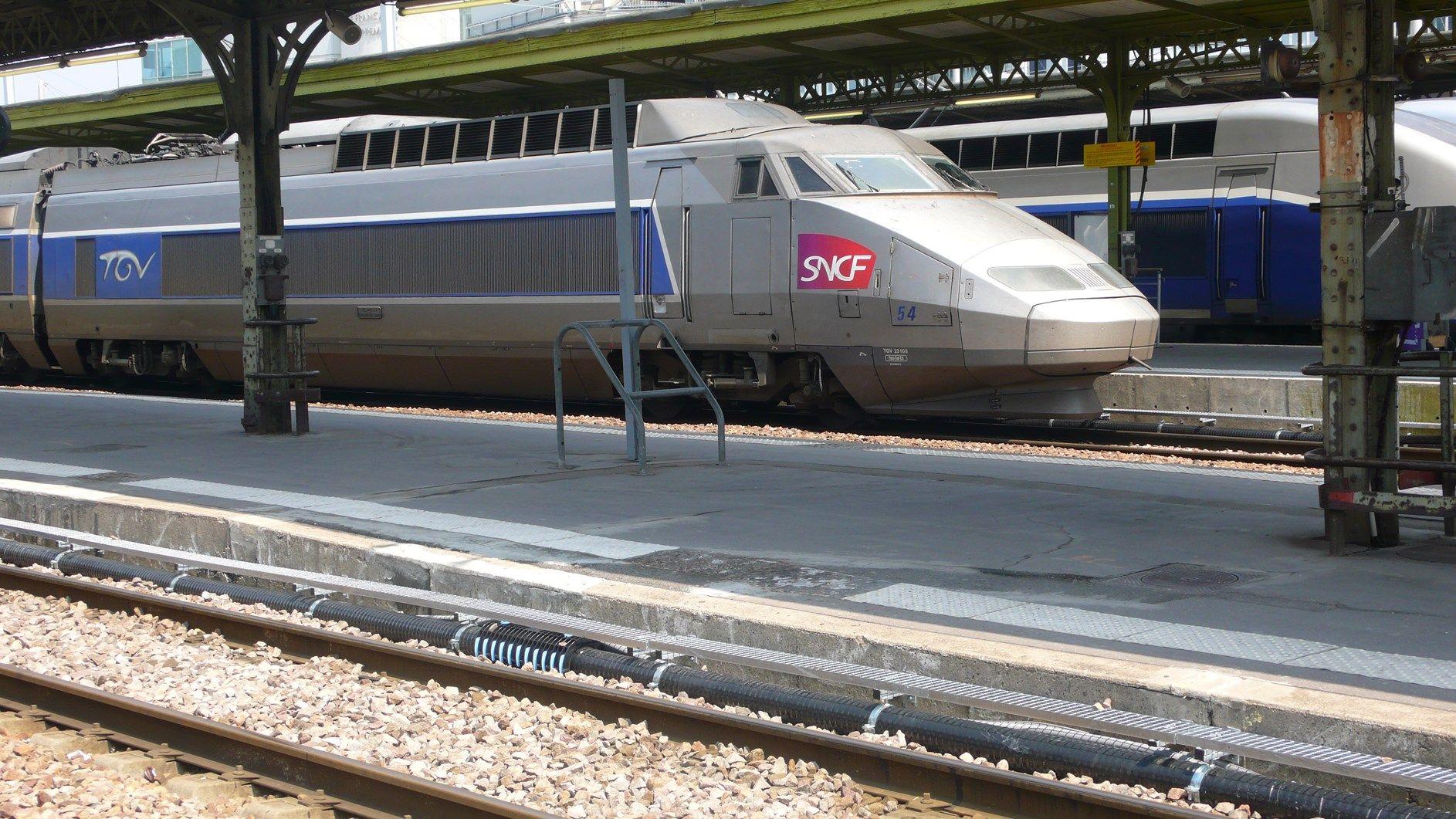 BRUGG: la tubazione EIGERFLEX corre alla Gare de Lyon