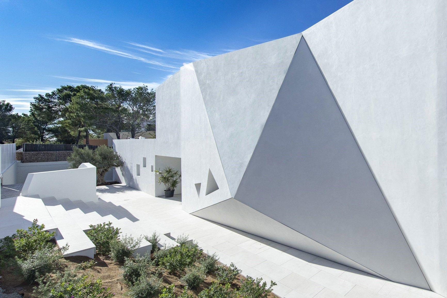 Ekinex per Villa Triángulo