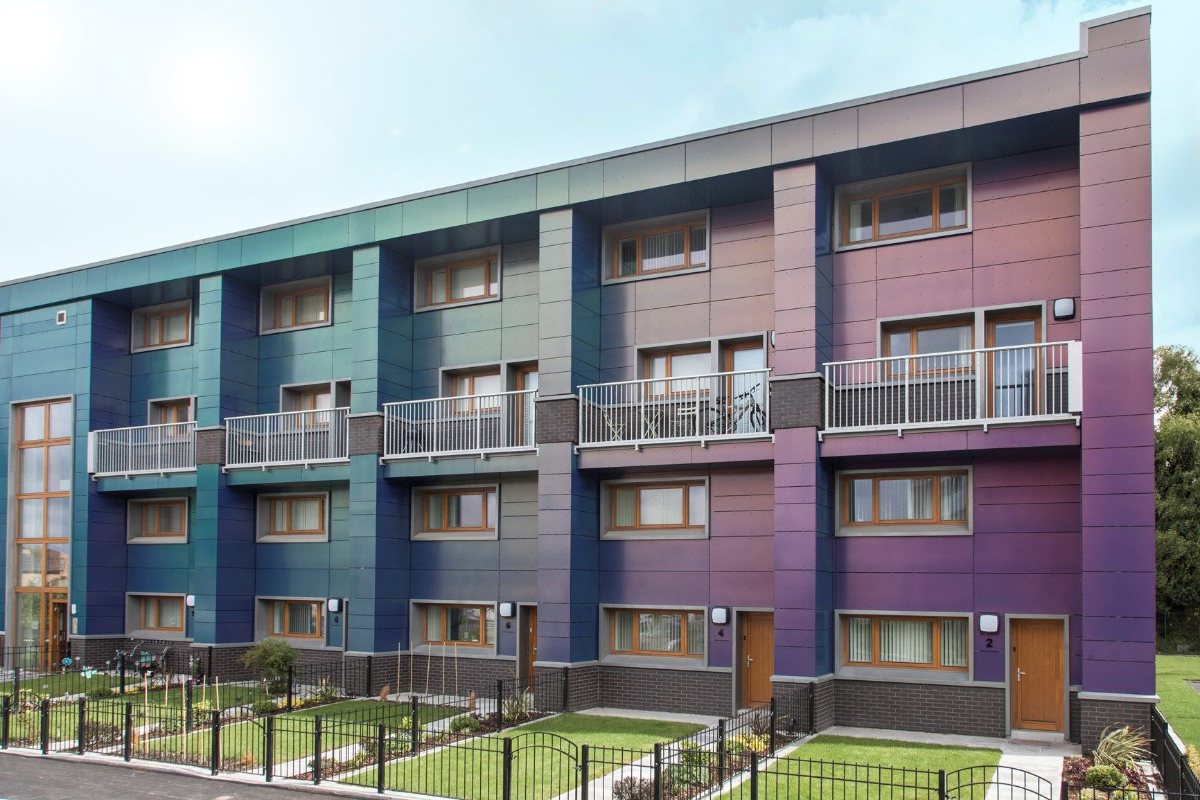Triflex per la riqualificazione di un complesso di edilizia residenziale pubblica con lo standard di casa passiva a Manchester
