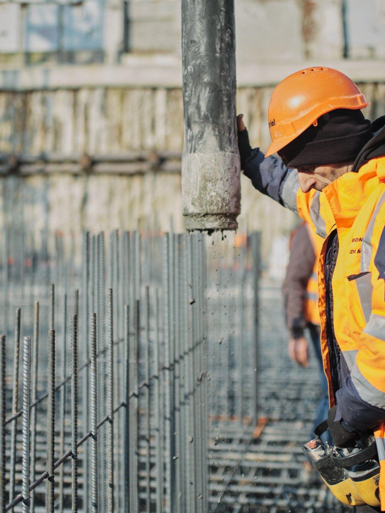 Holcim: 2.000 mc in sole 14 ore per la fondazione di Torre Milano