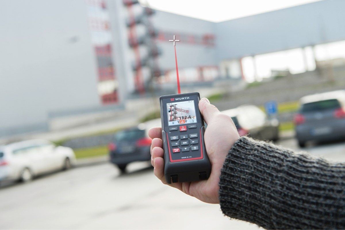 Distanze, perimetri, aree: le funzioni dei misuratori laser Würth