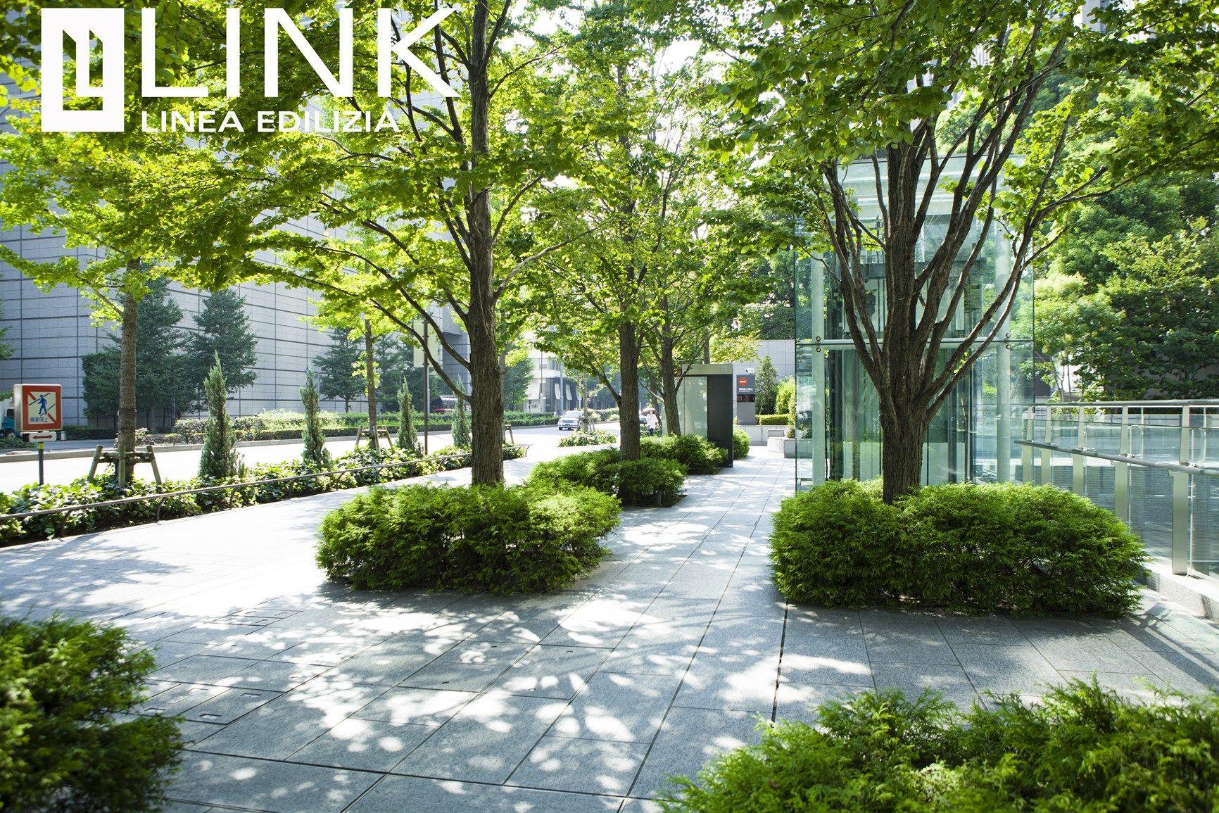 Link Industries: il verde urbano e gli elementi di coronamento in ghisa