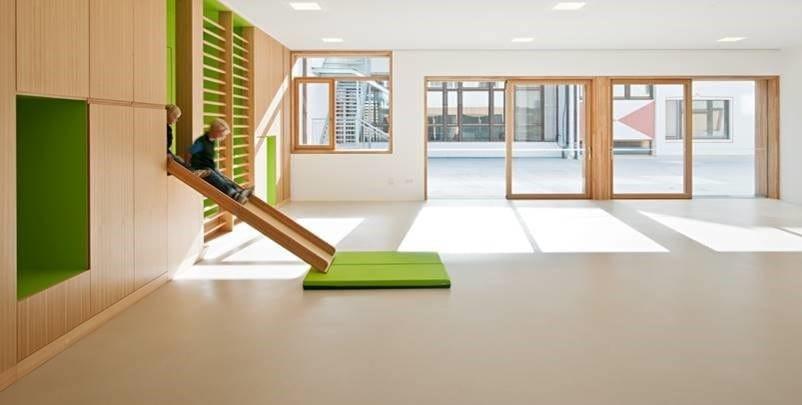 I sistemi di pavimentazione continua in resina IPM Italia per le scuole: una scelta green e sicura