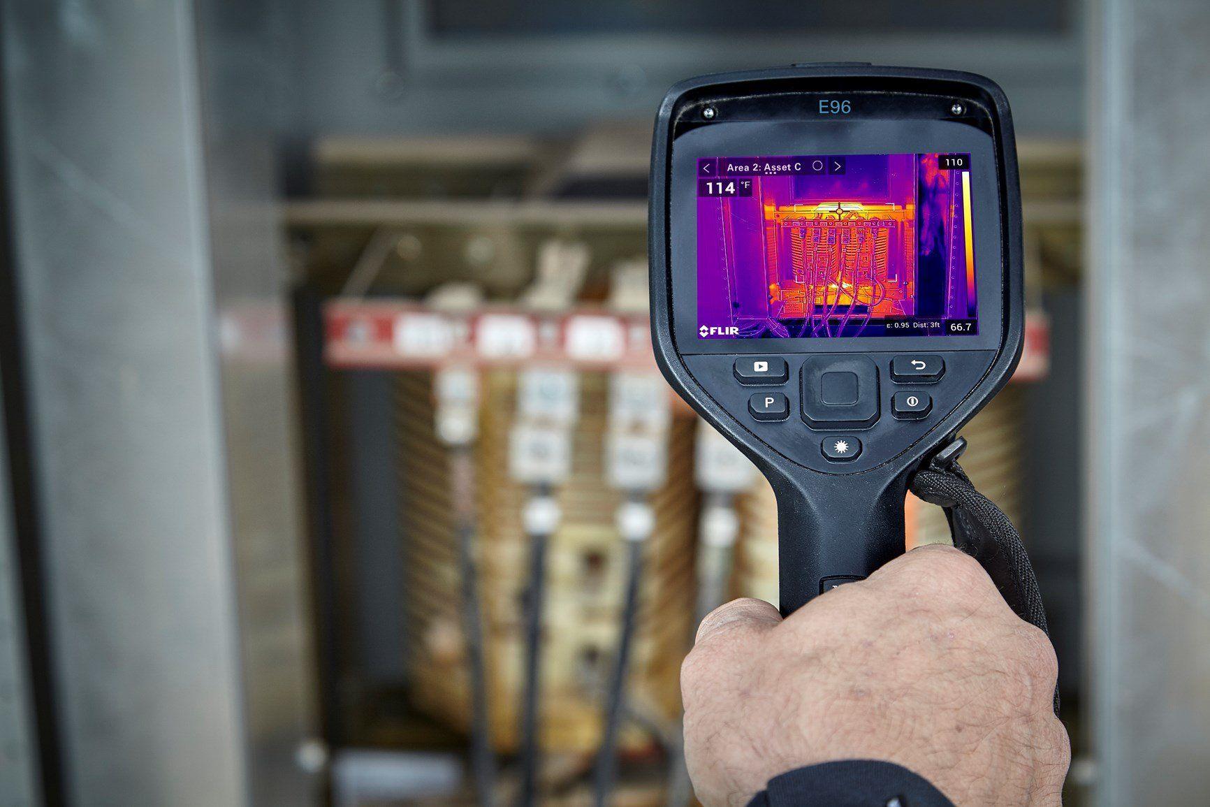 FLIR Systems annuncia quattro nuove termocamere portatili Exx-Series