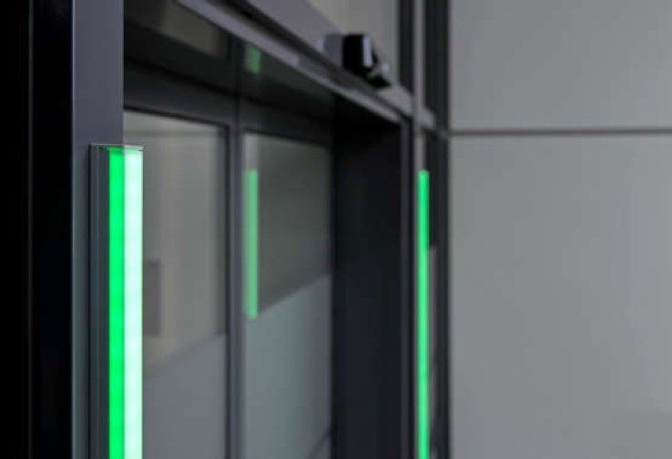 GEZE presenta i nuovi prodotti in diretta dallo stand fieristico di BAU Online 2021