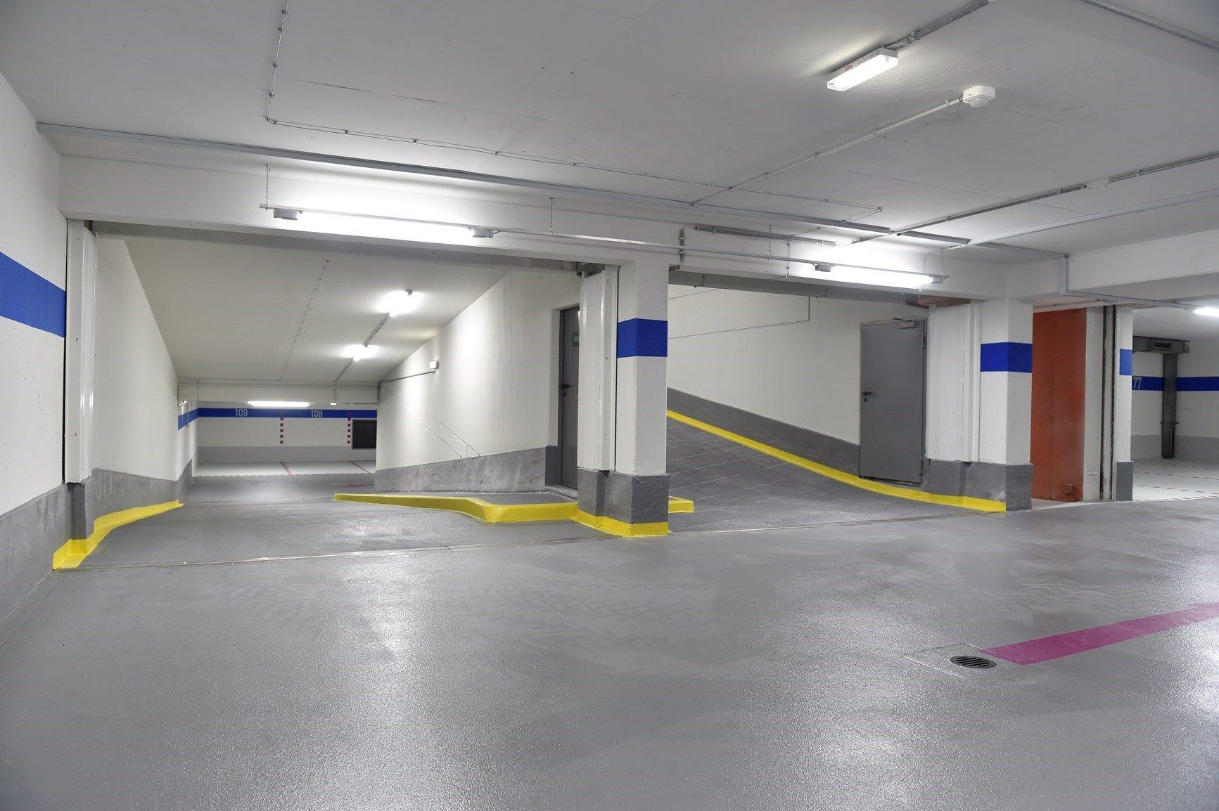 Triflex per il ripristino del parcheggio della sede di Telekom, in Germania