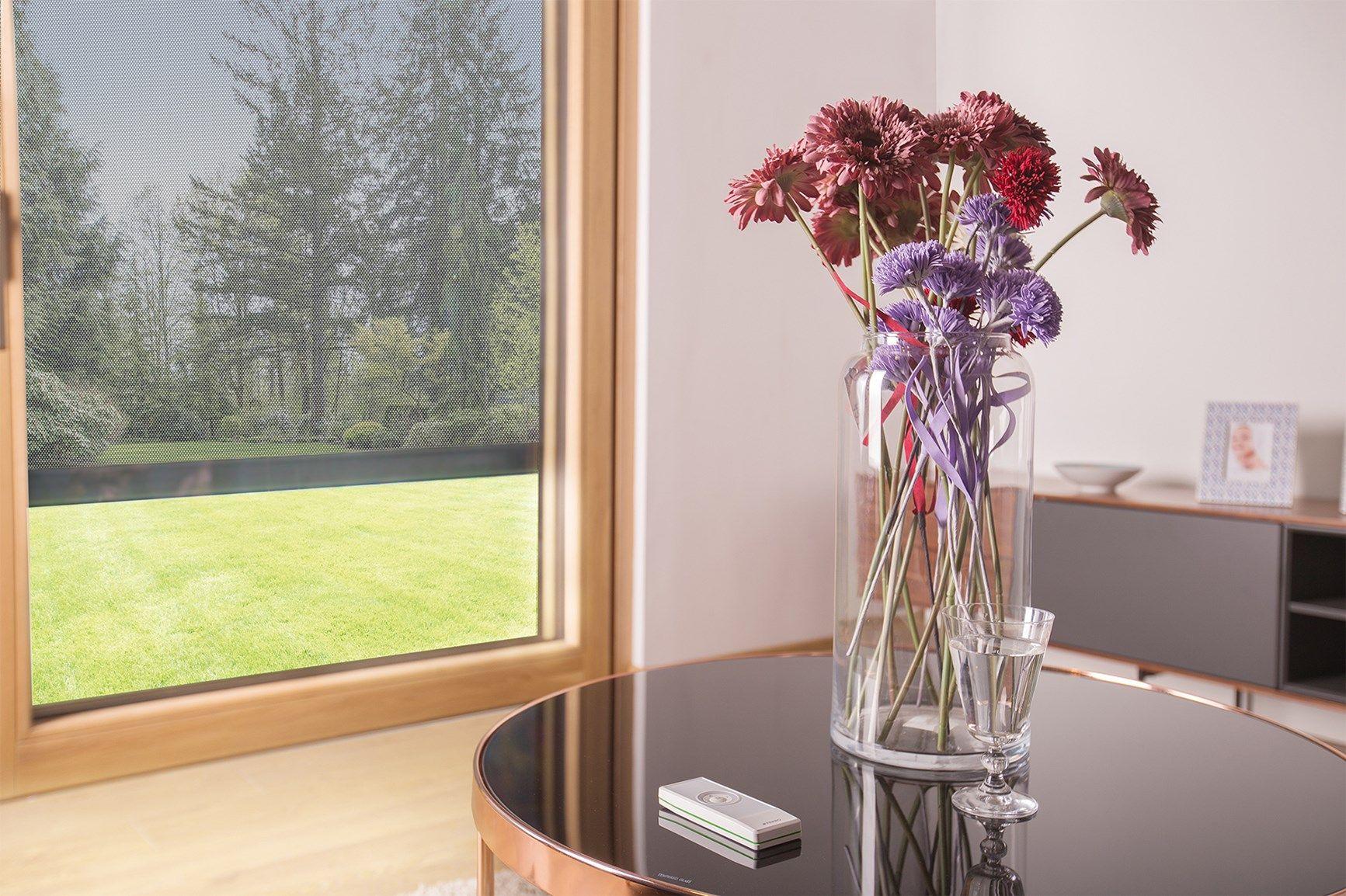 Nuove tende VMZ Solar FAKRO: ombreggiamento intelligente per le finestre verticali
