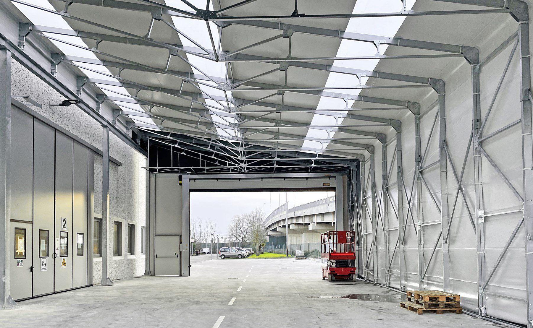 Capannoni prefabbricati in ferro Kopron per il nuovo magazzino di SIBO