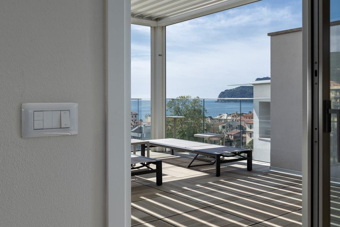L'innovazione AVE in un elegante complesso residenziale vista mare