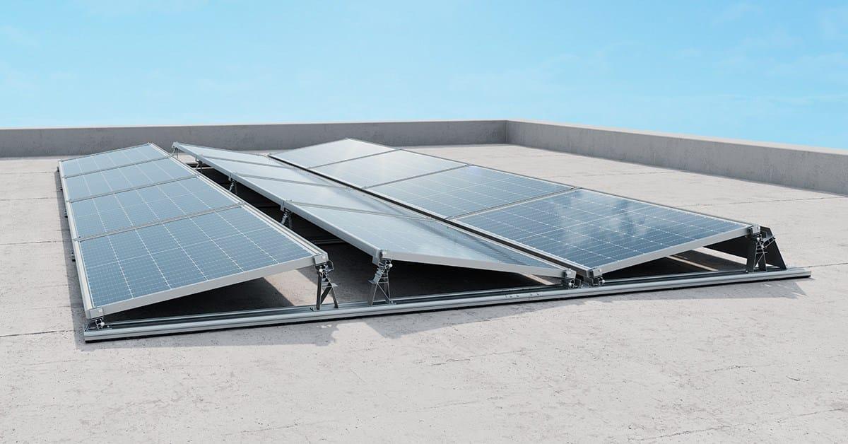 Massima flessibilità con il nuovo sistema di montaggio per tetti piani IBC AeroFix G3