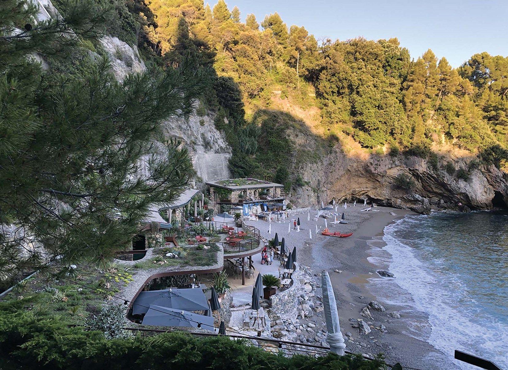 Copertura 'green' Leca per il boutique hotel Eco del Mare