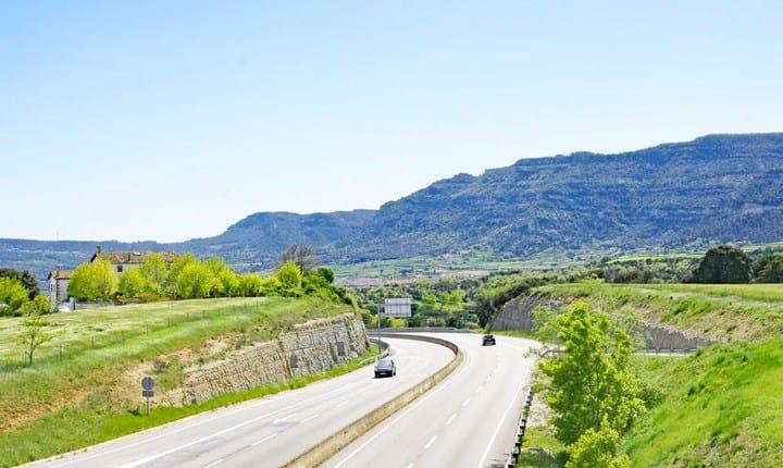Rete stradale delle aree interne, in arrivo 300 milioni di euro