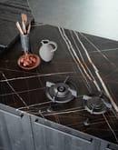 CESAR_Maxima 2.2_Ferro Anodyc metallic effect lacquer, Portoro engineered stones, Tabia` Nero