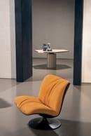 35. Marilyn Armchair