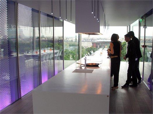 Gd arredamenti con electrolux al palais de tokyo for Arredamenti parigini