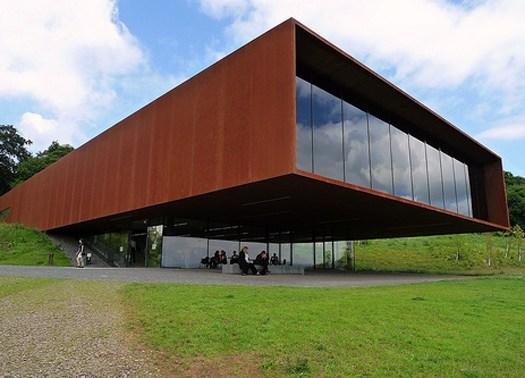 Celtic museum glauburg una finestra sospesa sul paesaggio for Disegno una finestra testo