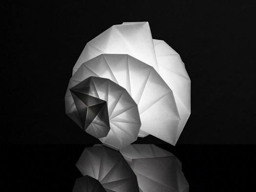 MENDORI by Issey Miyake +  Reality Lab_Photo by Hiroshi Iwasaki