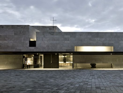 Centro parrocchiale Madre Teresa di Calcutta, Bolzano, Siegfried Delueg (Foto: Alessandra Chemollo)