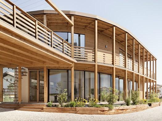 La nuova sede di casasalute firmata m7 architecture design for Casa design bolzano