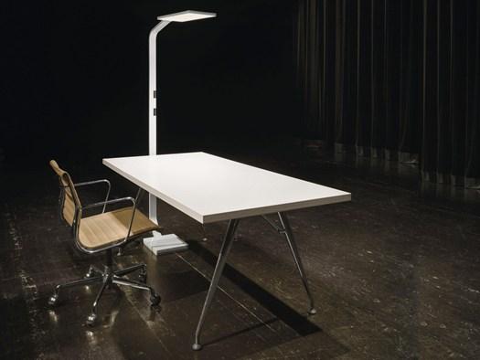 Le nuove lampade pensate per l ambiente di lavoro for Nuove lampade a led