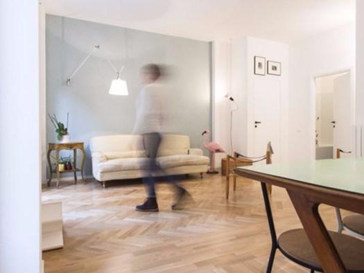 Colori pastello e stile ironico per gli interni milanesi for Colori per interni casa classica