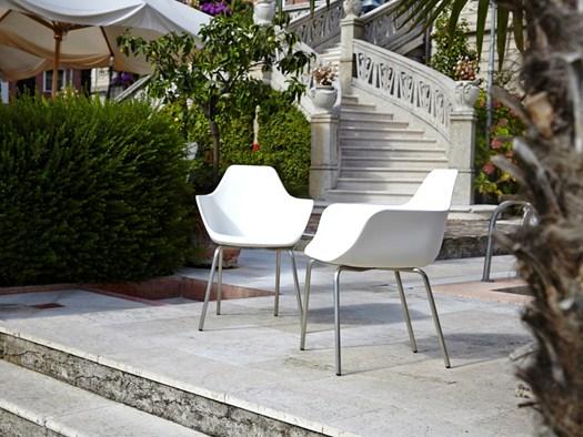 Alma Design, Y