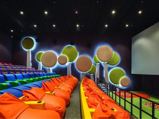 Sala Giochi Per Bambini : Cinemaxx junior: un pÒ sala di proiezione un pÒ parco giochi