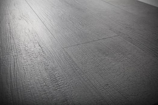 La tradizionale bruciatura del legno giapponese come fonte for Pavimento giapponese