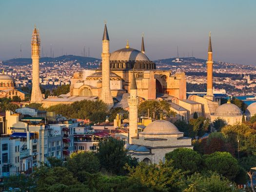 Cover photo: Hagia Sophia_Ph. bloodua_123rf_ID3313919