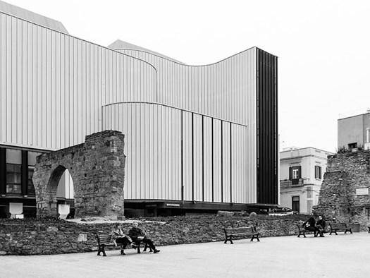 Brindisi - Teatro Verdi - particolare della facciata - ©Gabriele Costetti