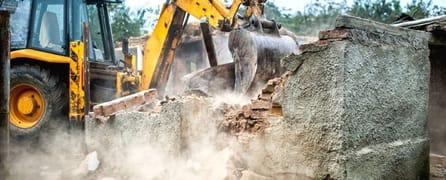 Abusi edilizi, possono essere demoliti anche se hanno ottenuto il permesso in sanatoria
