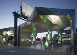 Un distributore di benzina 'ecologico' per Los Angeles