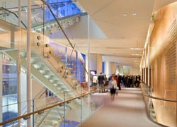Washington inaugura la Sidney Harman Hall