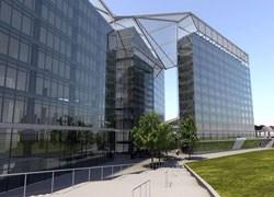 Bologna inaugura la nuova sede comunale