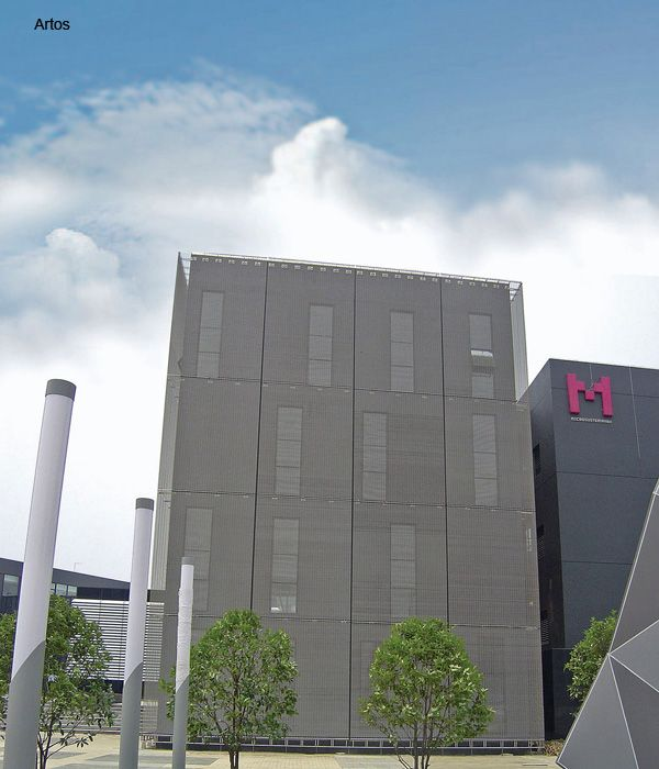 Alpewa: grande successo per i rivestimenti metallici in mostra al MADEexpo