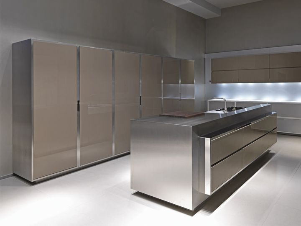 Armonia ed eleganza per la nuove cucine Strato