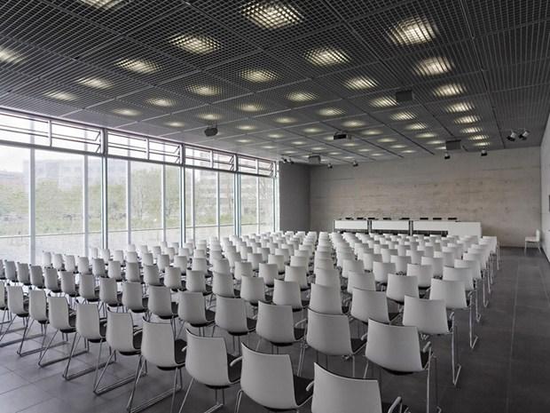 Arper nel Centro di Documentazione di Berlino