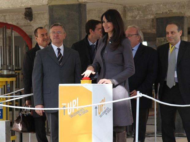 'UP-Sollevamento in corso': a L'Aquila la prima mondiale di una tecnologia tutta italiana