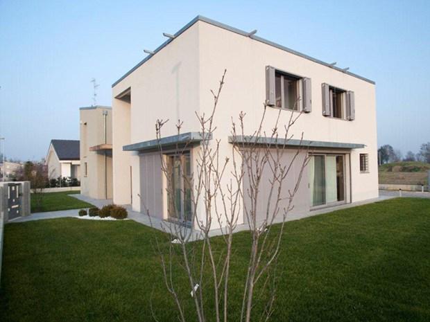 Una villa realizzata da Sistem Costruzioni con il sistema Casa Natura
