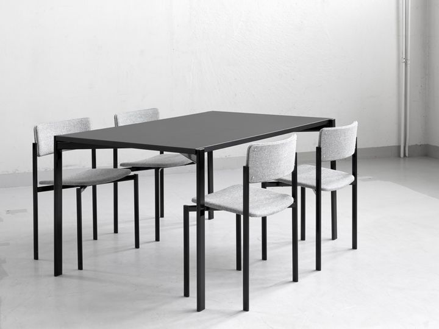 Tavolo e sedute Kiki, Ilmari Tapiovaara